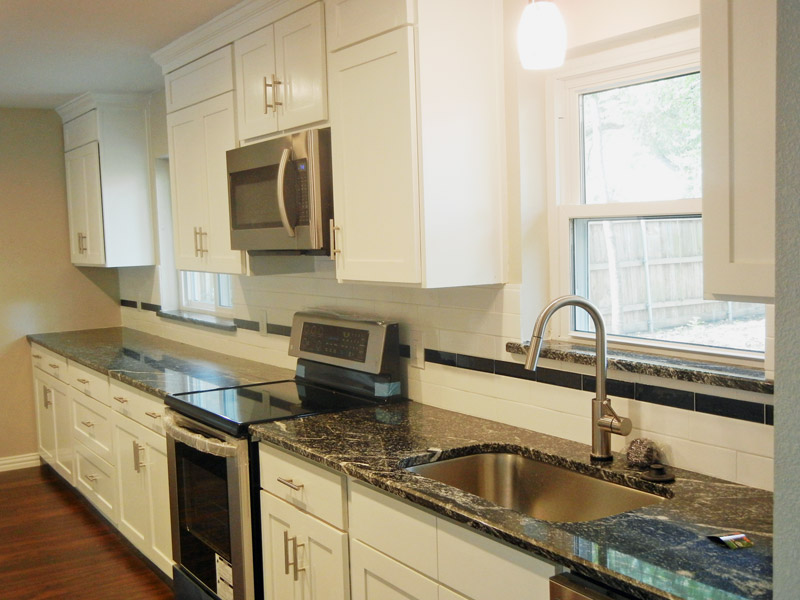 Small Kitchen Remodel Ideas to Help You Revitalize Your Space