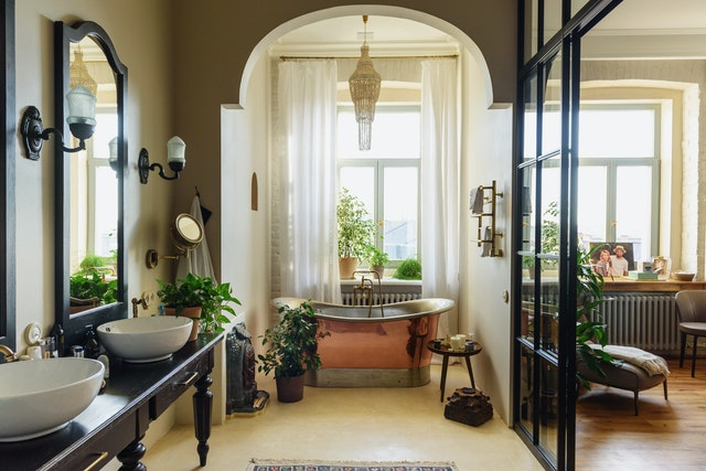 A Few Design Elements for a More a Luxurious Bathroom